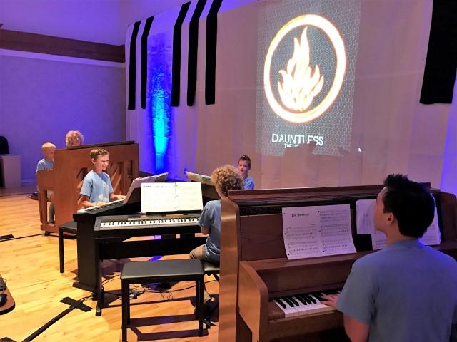 Piano Teacher – Picking Not Just A Teacher, But An Ally Too